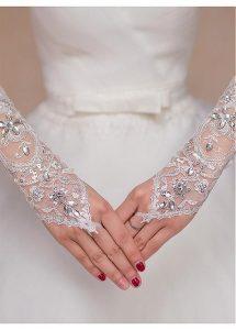 عروس عيون مصر2019_قفازات عروس 2019